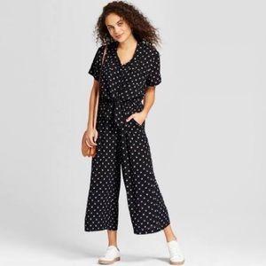 Universal Thread B&W tie waist Jumpsuit sz Small